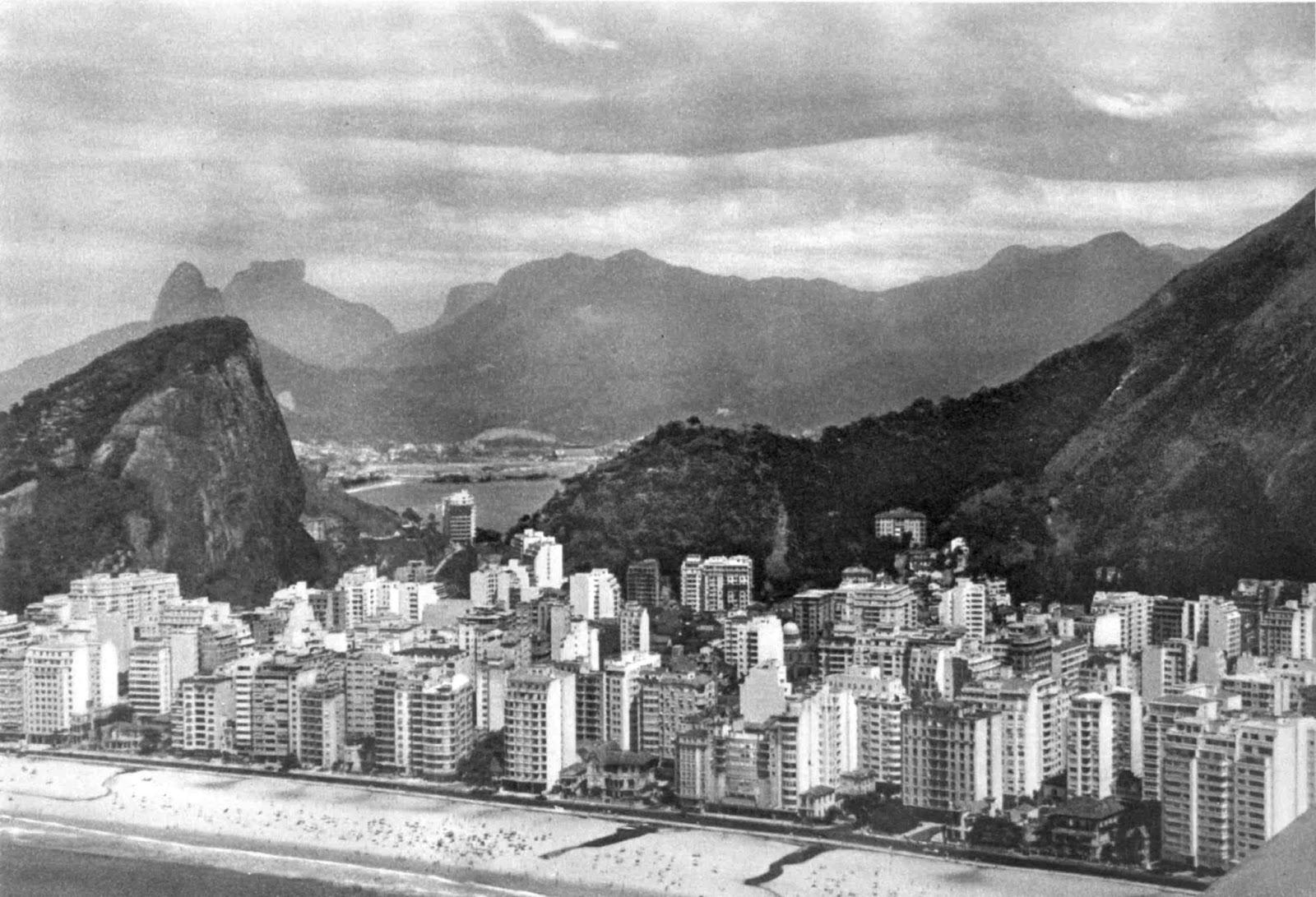 Fonte imagem: http://www.rioquepassou.com.br/2010/03/01/copacabana-primeira-metade-dos-anos-50/