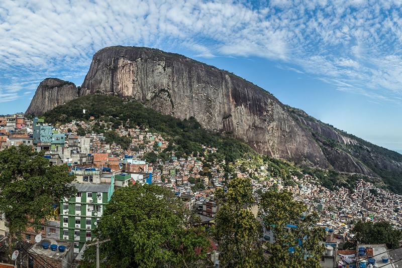Planejamento, Regulação e… Favela?
