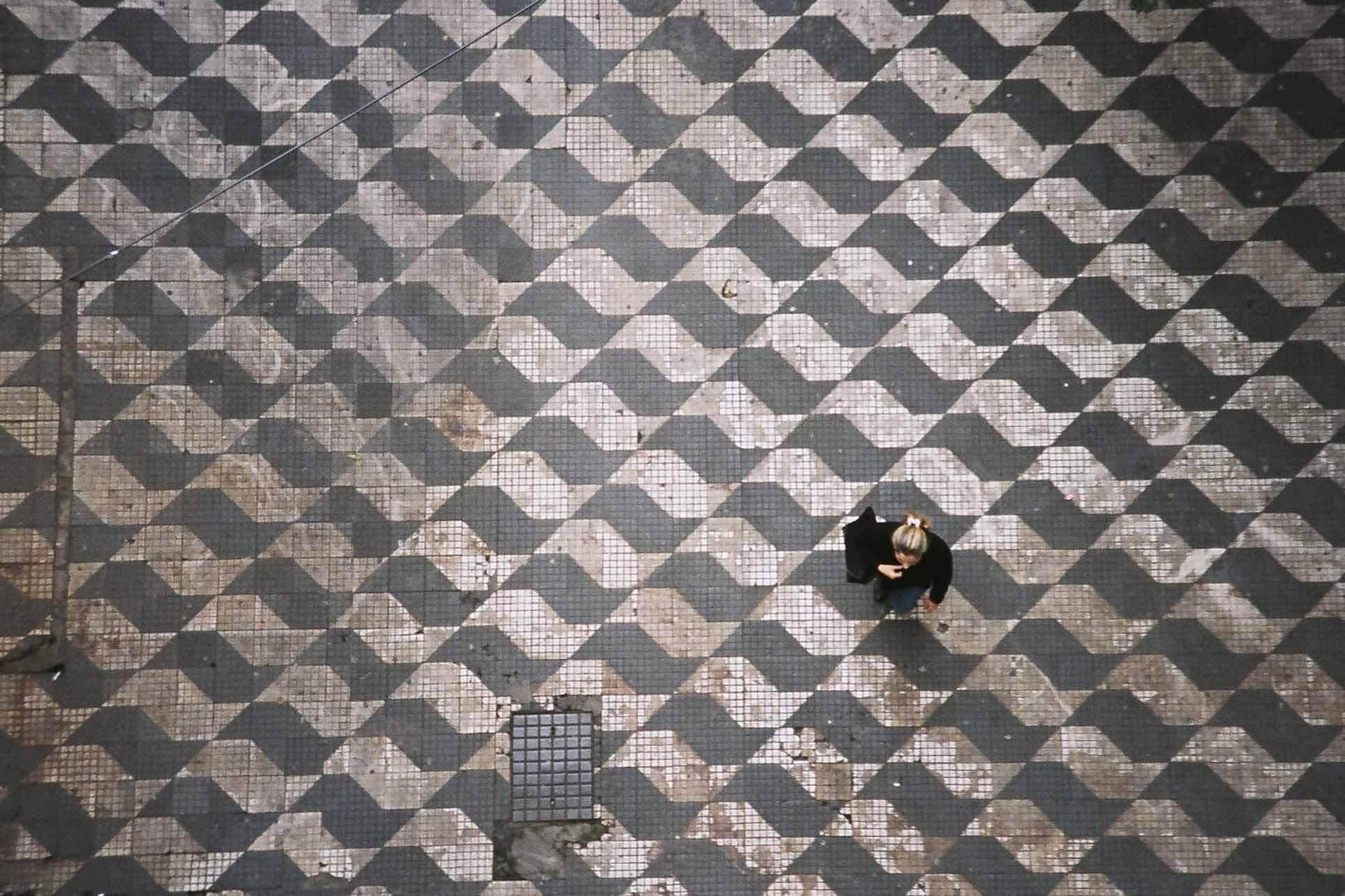 Calçada de São Paulo. Foto:  asleeponasunbeam @ Flickr
