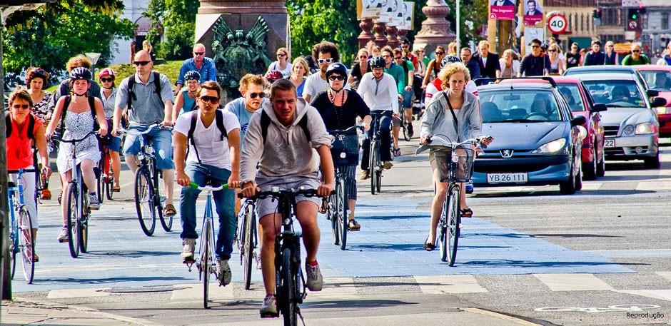 Um novo planejamento, com foco nas pessoas e assinatura do arquiteto dinamarquês Jan Gehl, fez de Copenhagen a capital mundial do ciclismo urbano
