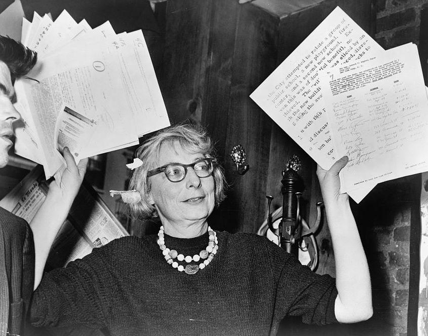 Jane Jacobs em uma conferência de imprensa, em 1961. Foto: Wikipedia Commons.