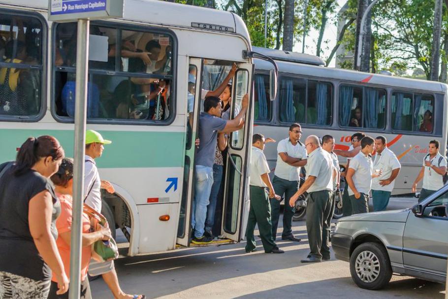 O atual modelo tarifário está destruindo o Sistema de Transporte Público