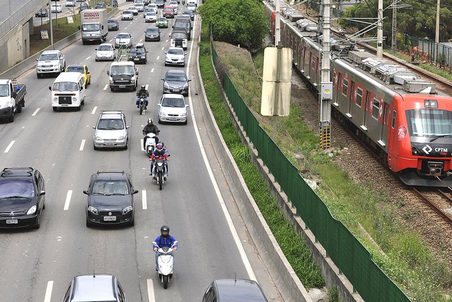 Proibir motos nas marginais é fazer das vítimas o principal algoz