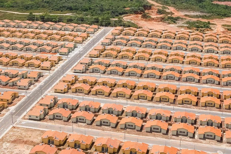Parem de construir casas para resolver a falta de moradia