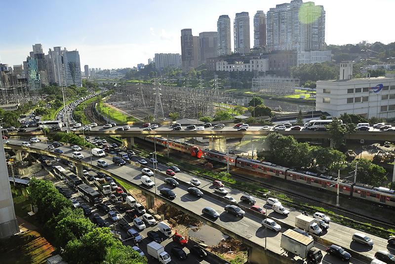 Exemplo de planejamento urbano centrado no carro