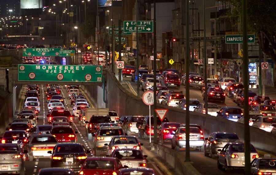 Trânsito na Cidade do México.