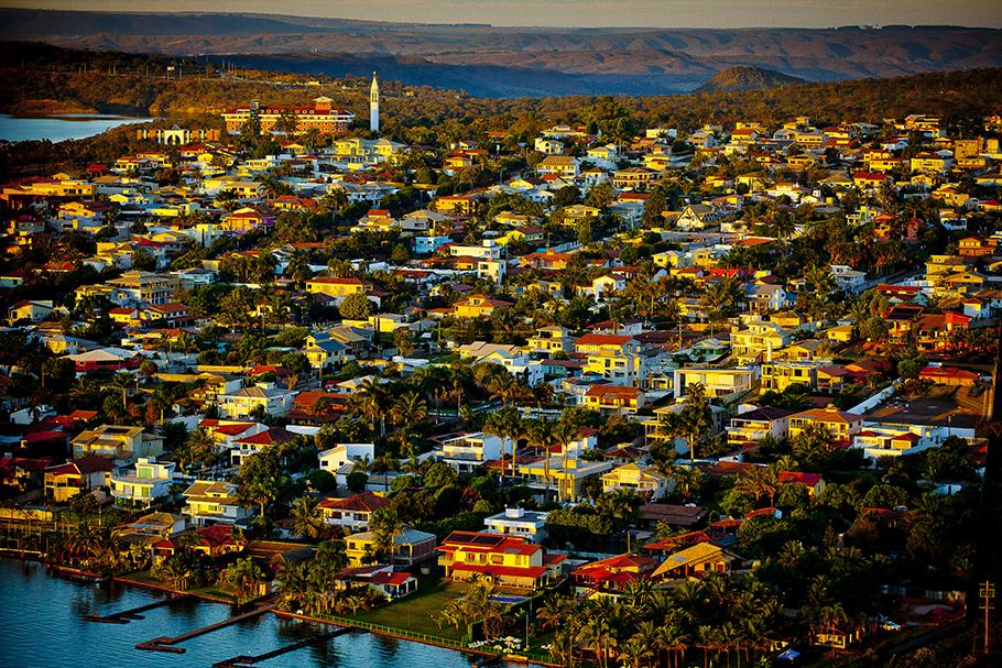 A COVID e a cidade, no Brasil e em Brasília