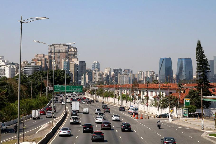 Trânsito na Marginal Pinheiros, São Paulo